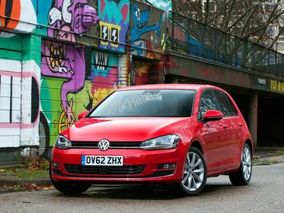 Volkswagen Golf MkVII 08/12-
